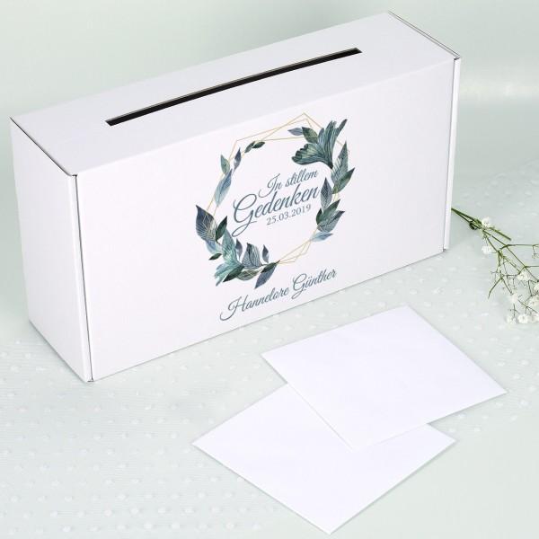 Box für Trauerkarten mit Name des Verstorbenen und Blätterkanz