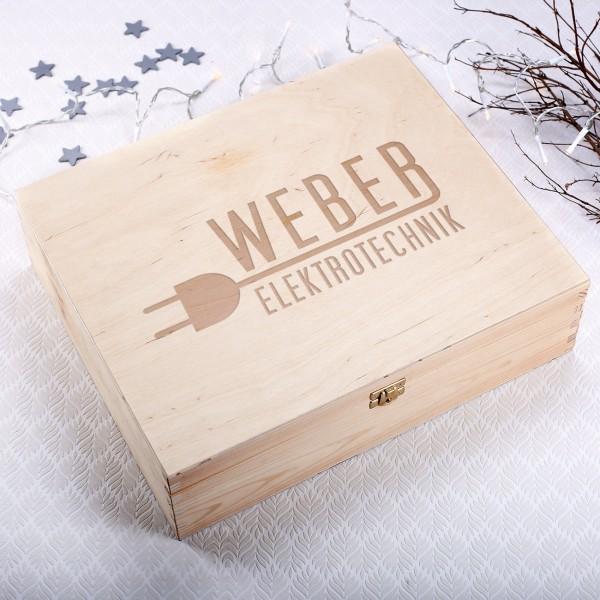 Gravierte XL Holzbox mit Ihrem Firmenlogo
