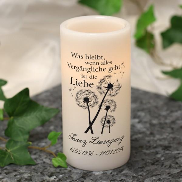 """LED Echtwachs-Kerze """"Was bleibt ist die Liebe"""" mit Name"""