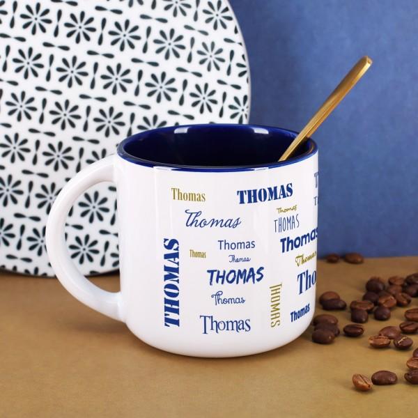 Großer Kaffeepott mit Name in verschiedenen Schriftarten bedruckt