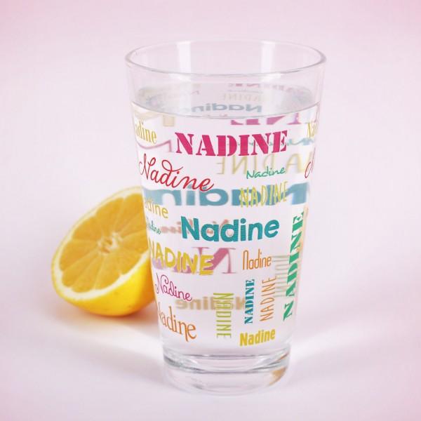 Bedrucktes Trinkglas mit Name